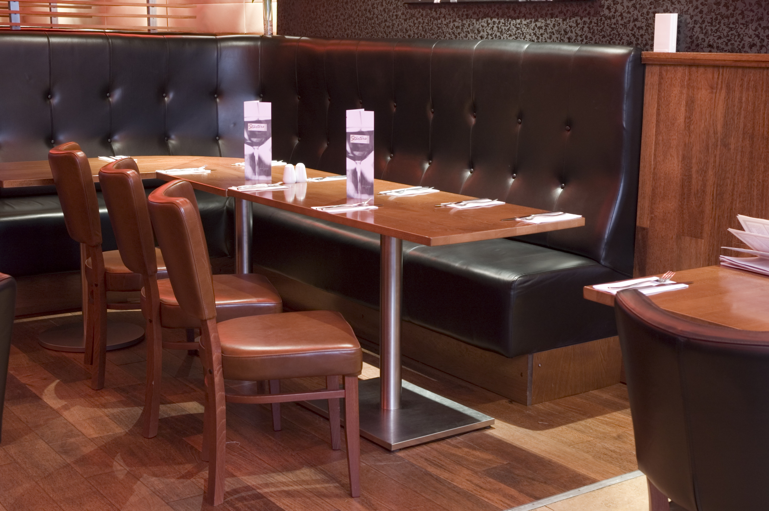 booth seating: planning your restaurant design | hillcross