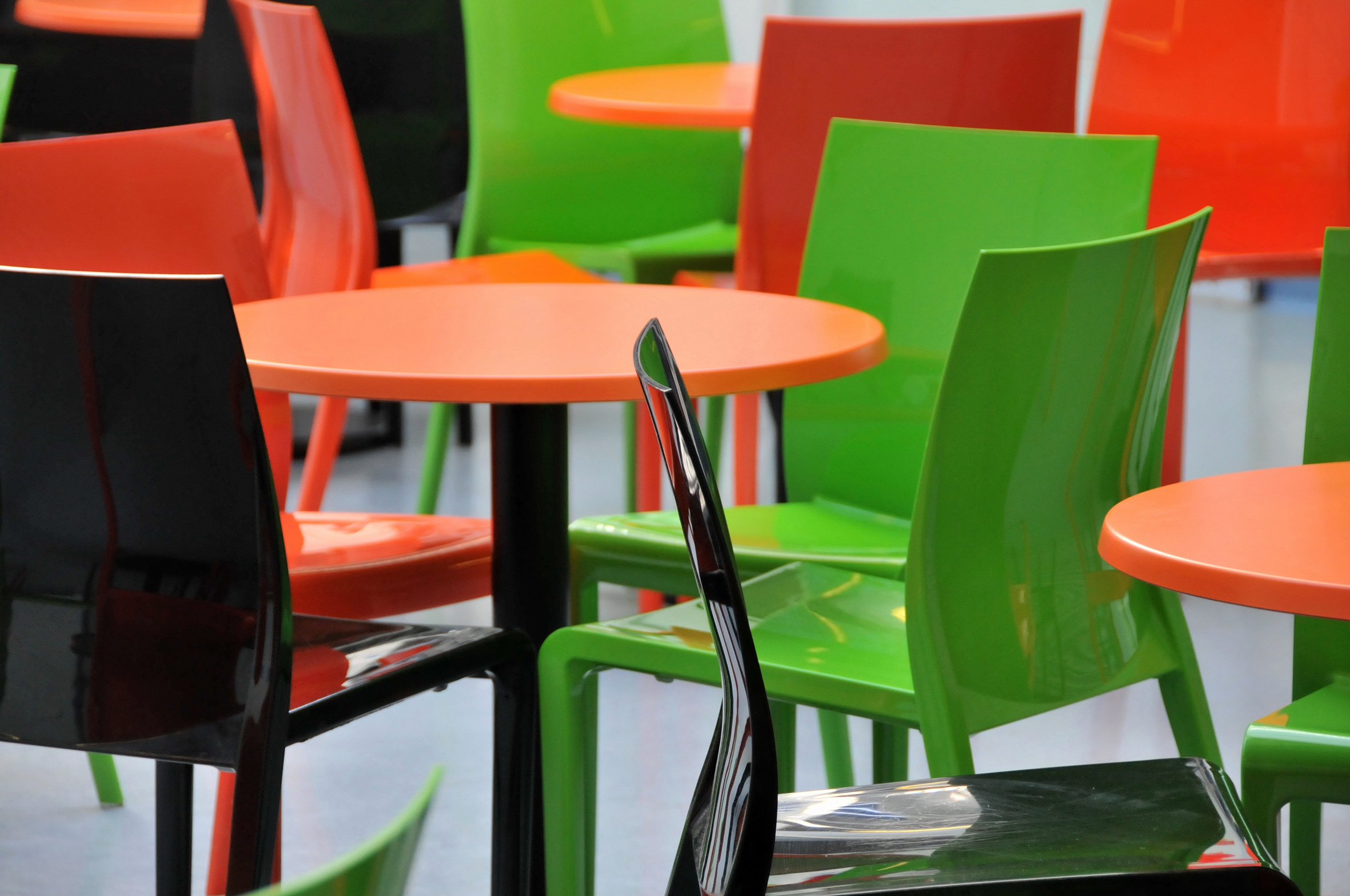 Polypropylene or wooden restaurant chairs the pros and cons hillcross furniture blog Plastic for furniture