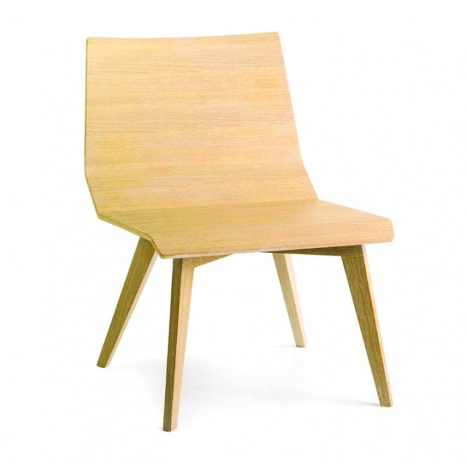 Metria Lounge Chair