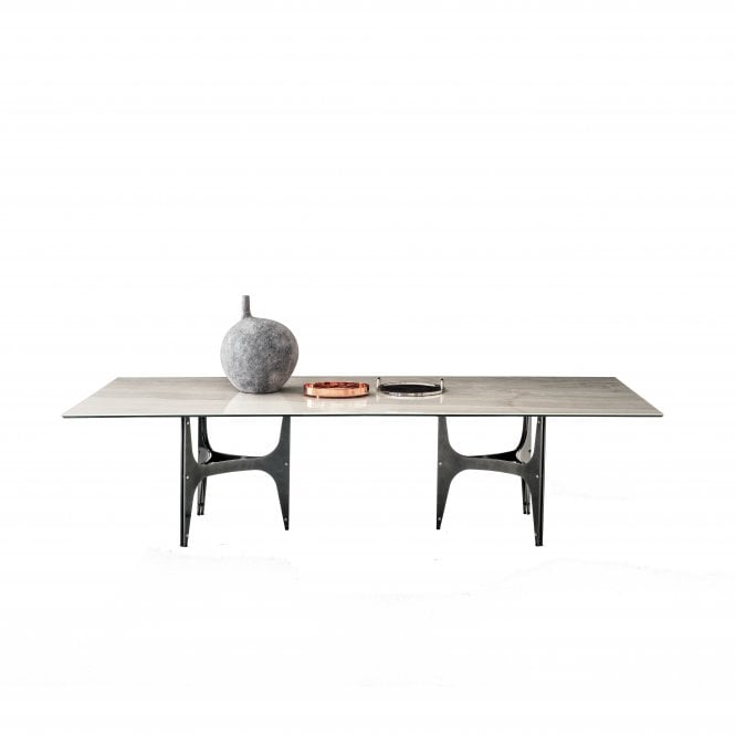 Universe Table