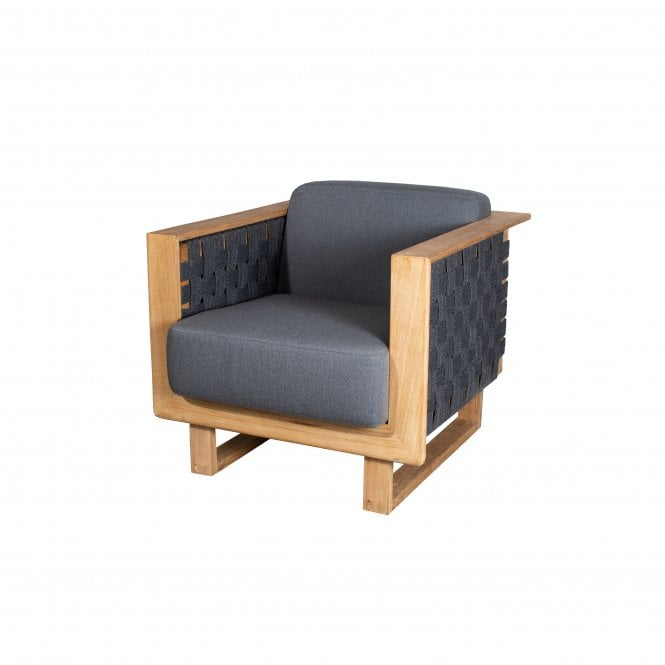 Angle Outdoor Lounge Chair