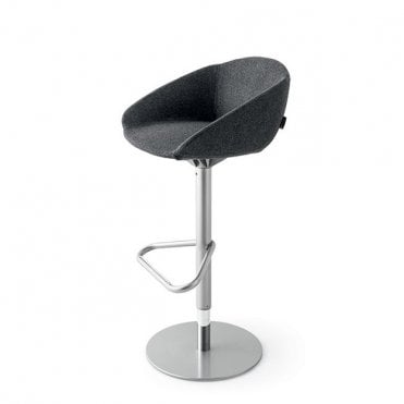 Love Swivel Barstool