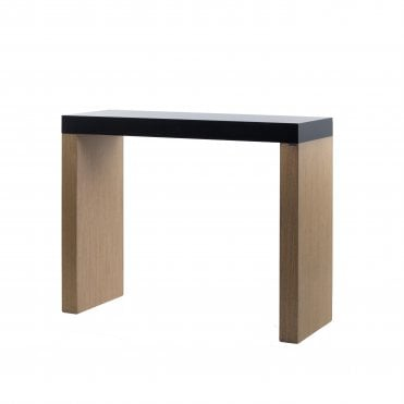 716 Poseur Table